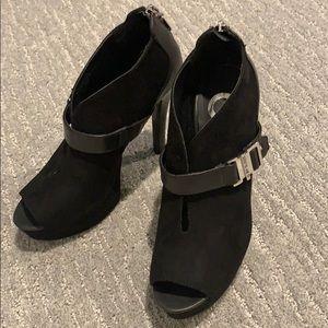 Platform open toe